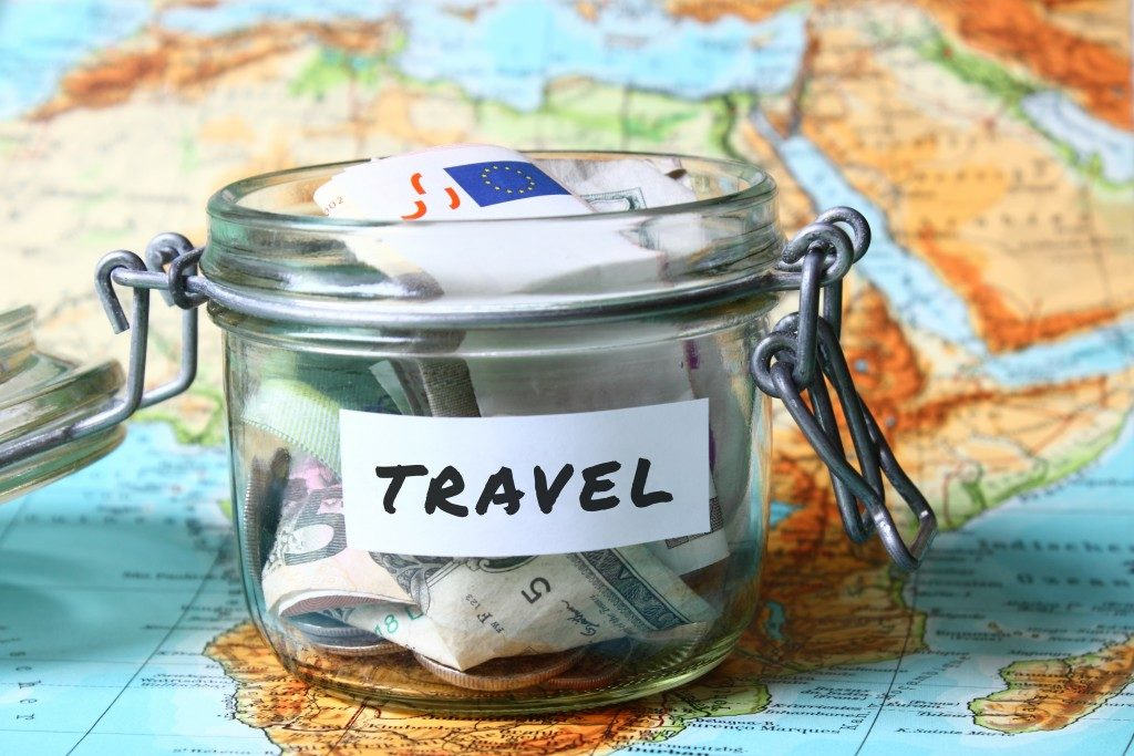 travel jar budget